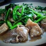 ราดหน้าหมู : Thai Noodle  with Pork in Gravy